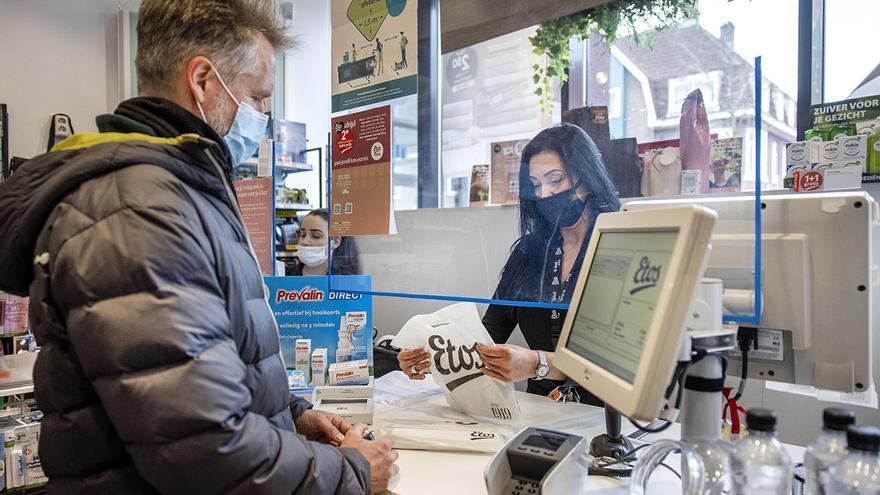 España se queda sola en su rechazo a los test rápidos de coronavirus en casa