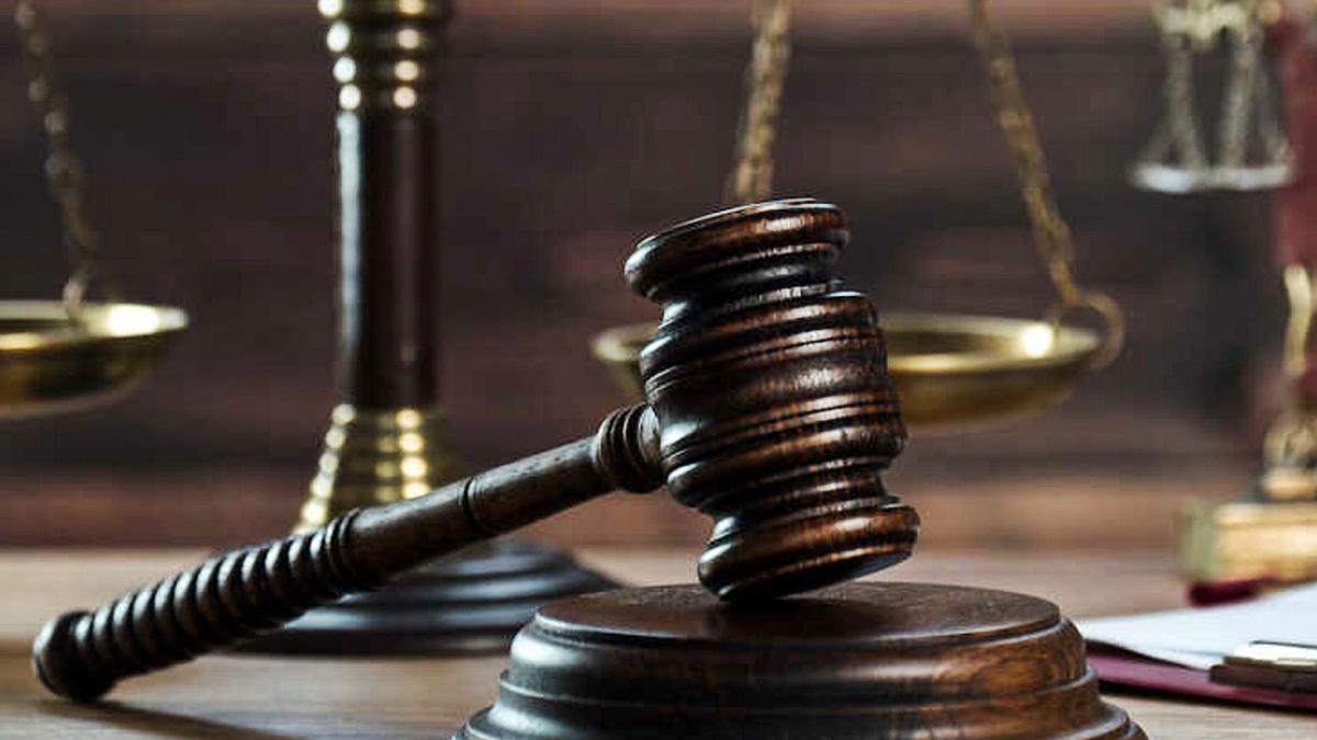 El Tribunal Supremo se opone por unanimidad a conceder el indulto a los doce presos catalanes.