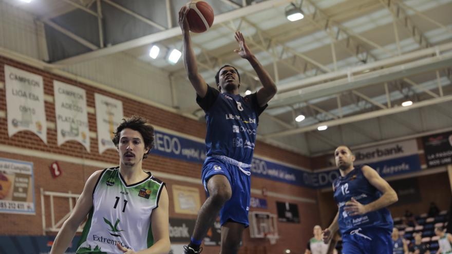 El Liberbank Oviedo Baloncesto asegura la permanencia y luchará por el ascenso tras arrollar a Cácerees (98-67)
