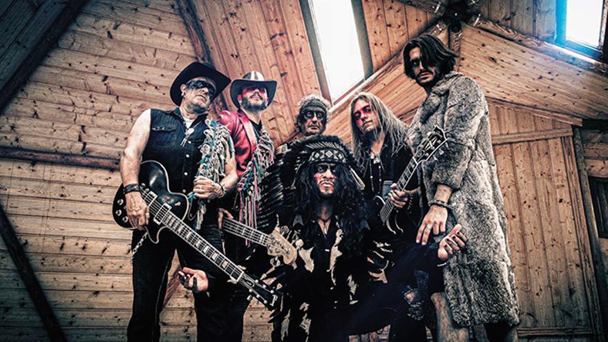 La banda alicantina B.0.W presenta su disco