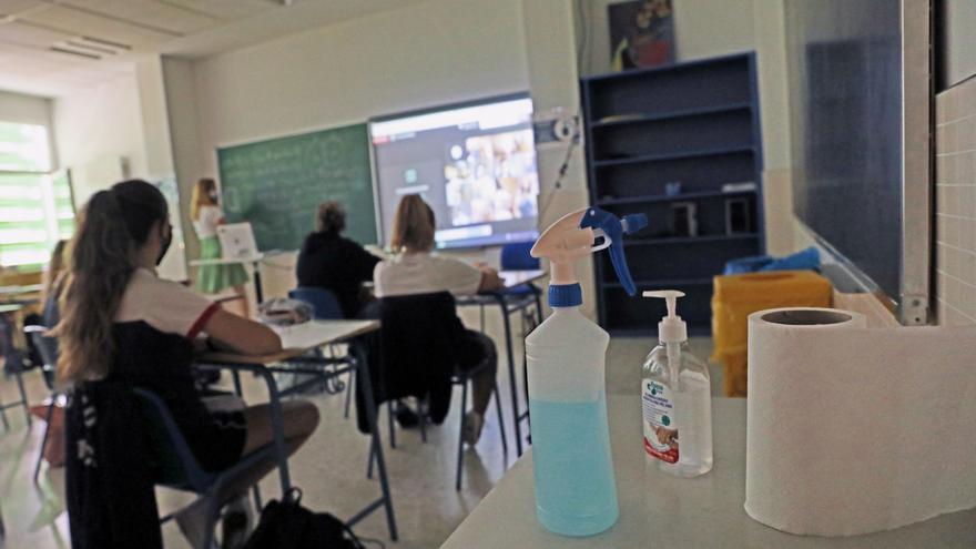 Sanidad y Educación aconsejan tener siempre abiertas las puertas y ventanas de los centros educativos