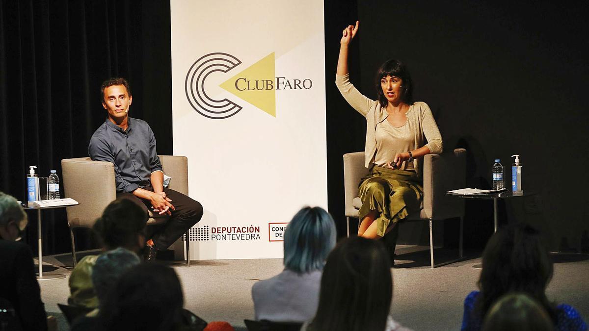 Magda Barceló fue presentada por Alfonso Rivera. |  // RICARDO GROBAS