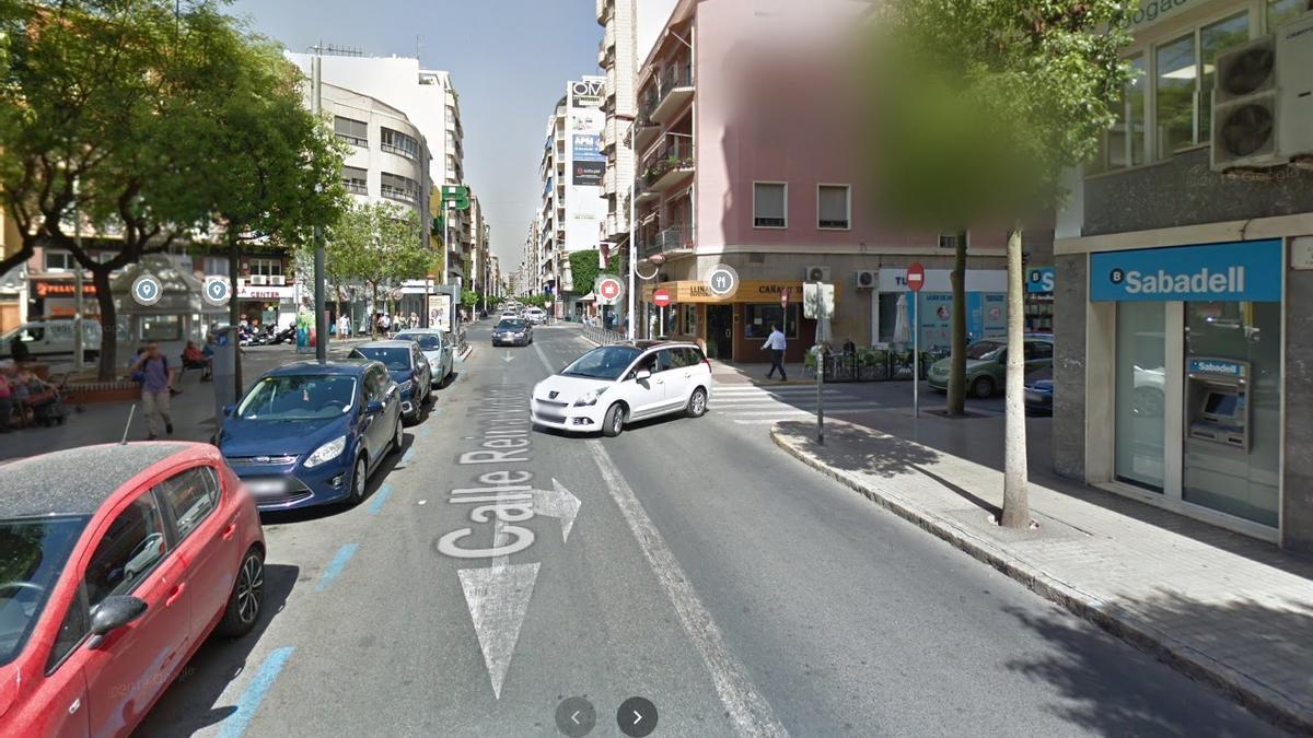 Vista parcial de la calle Reina Victoria