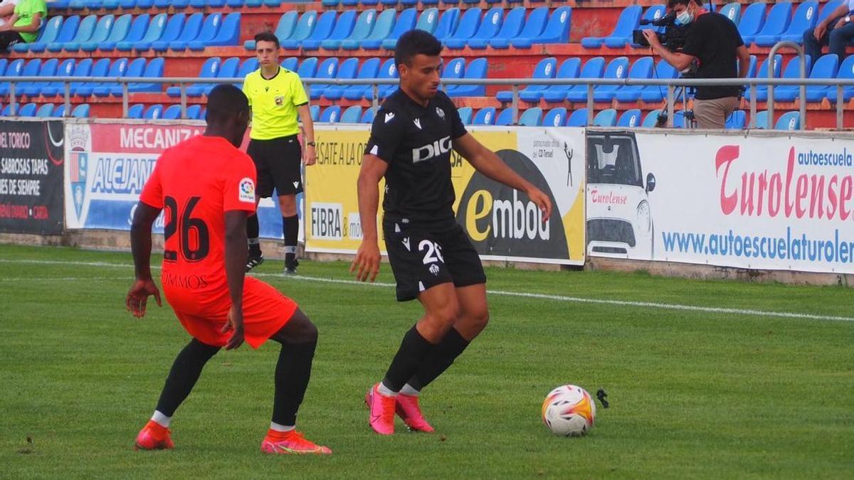 Un buen Castellón cae por la mínima ante el Huesca (1-0).