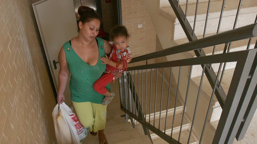 El 62% de las viviendas que están a la venta en la provincia de Alicante carece de ascensor