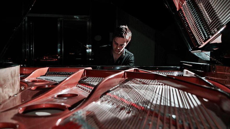 El tinerfeño Ray Pherz firma la banda sonora de 'Amanece en Calcuta'