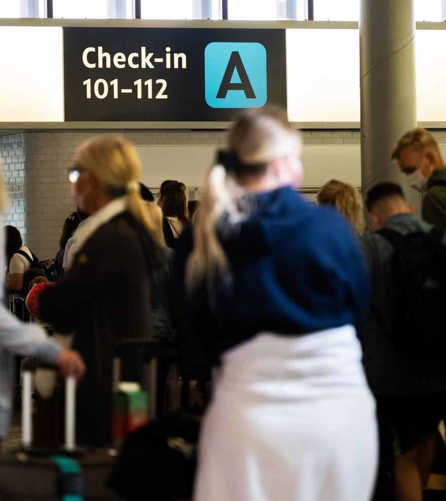 Staus an Sicherheitsschleusen an deutschen Flughäfen - Situation in Hannover besonders kritisch