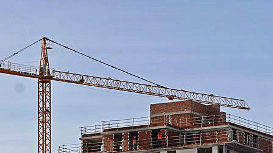 El precio de la vivienda resiste la crisis y sube un 6,3 % en València