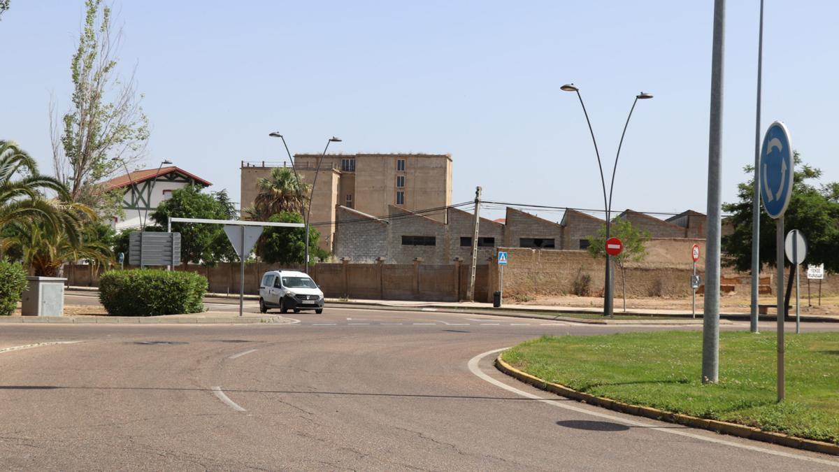 Aprueban la contratación de la reforma de la Avenida Puerta de la Serena