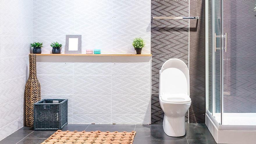 El renovado objeto que te permitirá limpiar la mampara de la ducha en 20 segundos