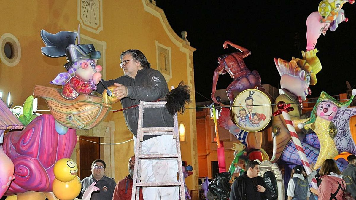 El estado de alarma obligó a desmontar los monumentos del 2020 y puede que algunos repitan plantà en Benicarló.