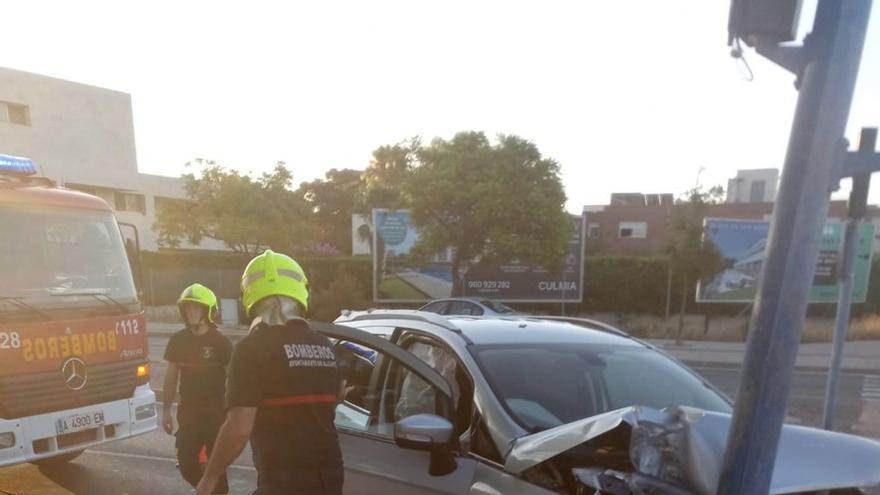La Policía Local registra el fin de semana una decena de accidentes con conductores ebrios en Alicante