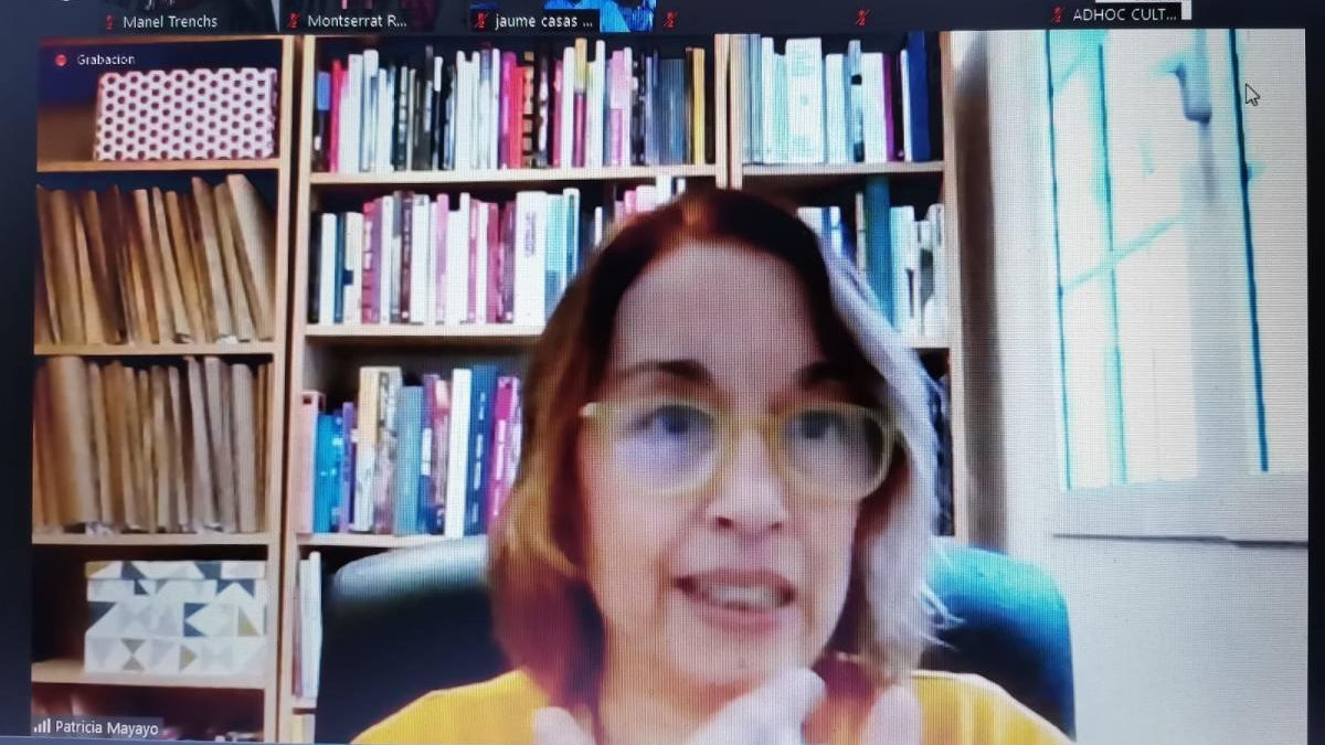 Patricia Mayayo va oferir la xerrada via Zoom