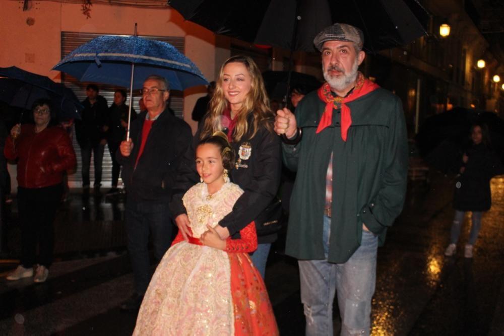 Arde la falla contra la violencia de género con Rocío Gil de remate