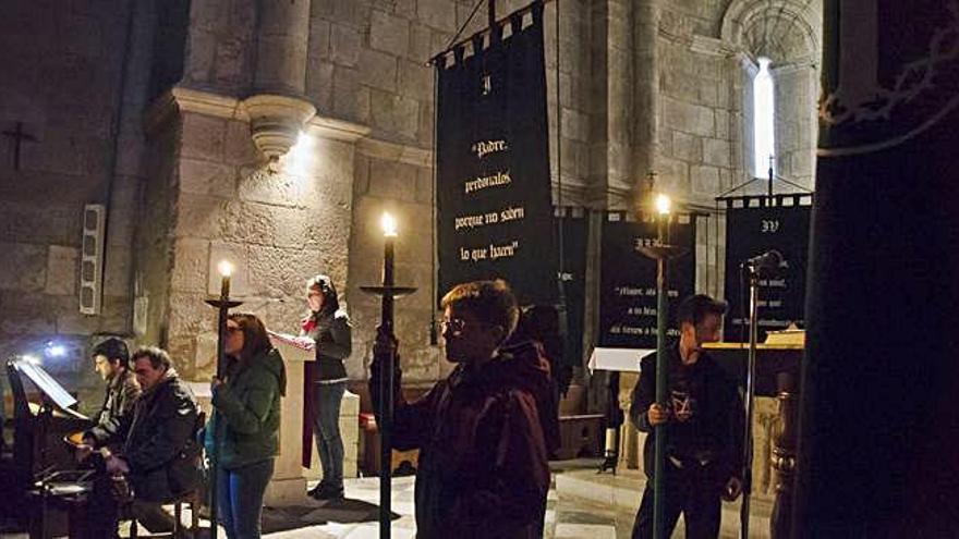 Semana Santa en Zamora   La Hermandad de las Siete Palabras incorpora a 17 nuevos hermanos