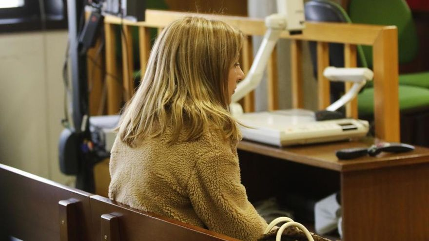 Nuevo juicio a la trabajadora del Sergas por acceder al historial clínico de su hija