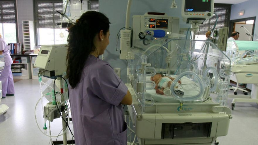 El Hospital de Sant Joan hará una limpieza a fondo de la UCI neonatal