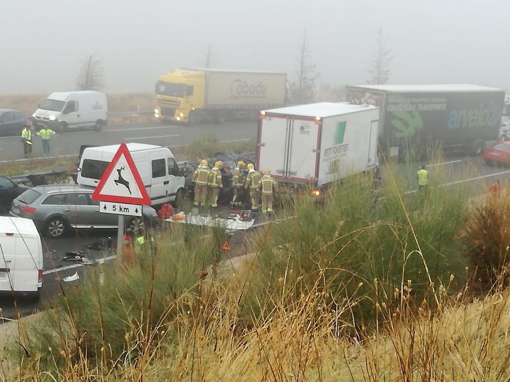 Accidente múltiple en Galisteo