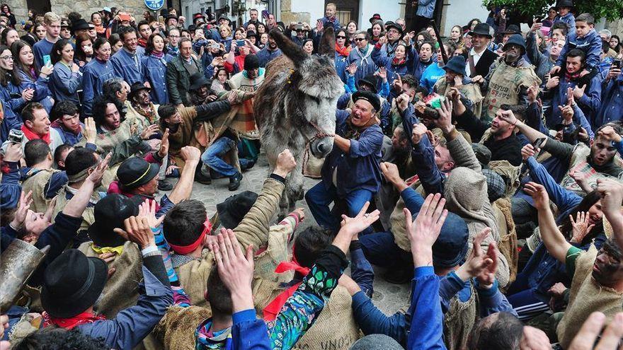 Piden a Villanueva de la Vera actas del Pero Palo