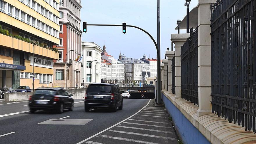 El límite de velocidad en el túnel de María Pita se reduce a 30 km/h por filtraciones de agua