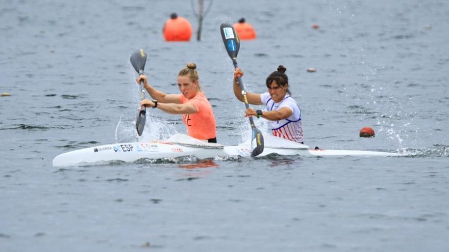 Doble decepción para Sara Ouzande y Carolina García, que quedan fuera de la final de K-2 500 en la Copa del Mundo de Szeged (Hungría)