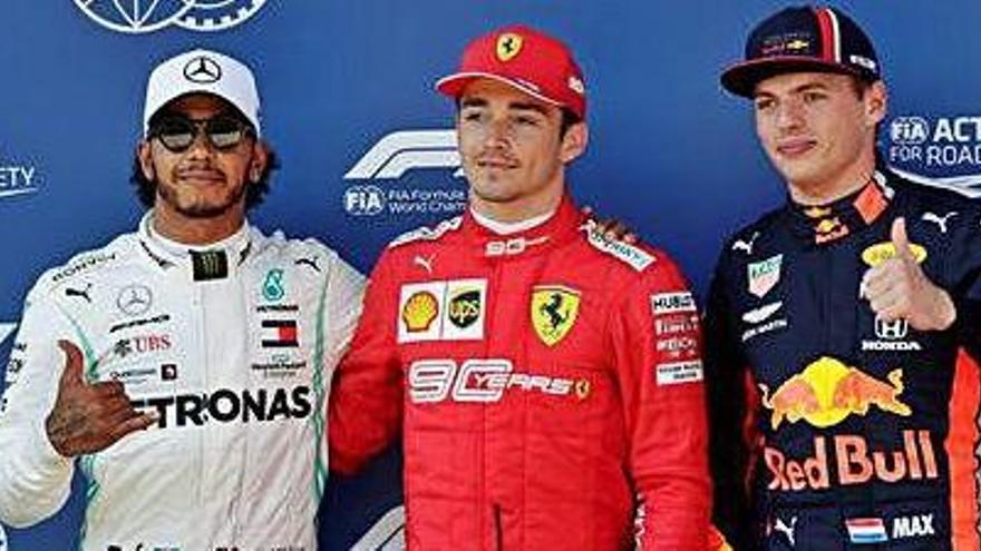 Leclerc es queda amb la «pole» mentre Vettel s'ho mira des del garatge