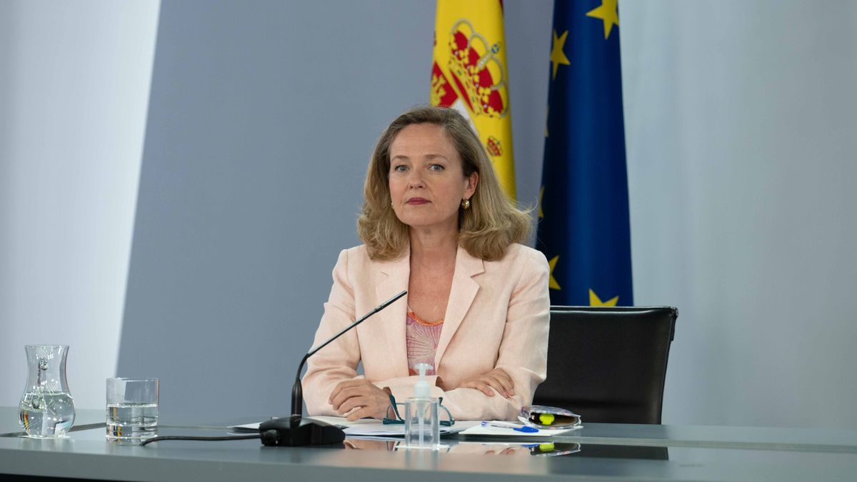La vicepresidenta segona del govern espanyol, Nadia Calviño, aquest 6/7/2021 a la roda de premsa posterior al Consell de Ministres. (Horitzonal)