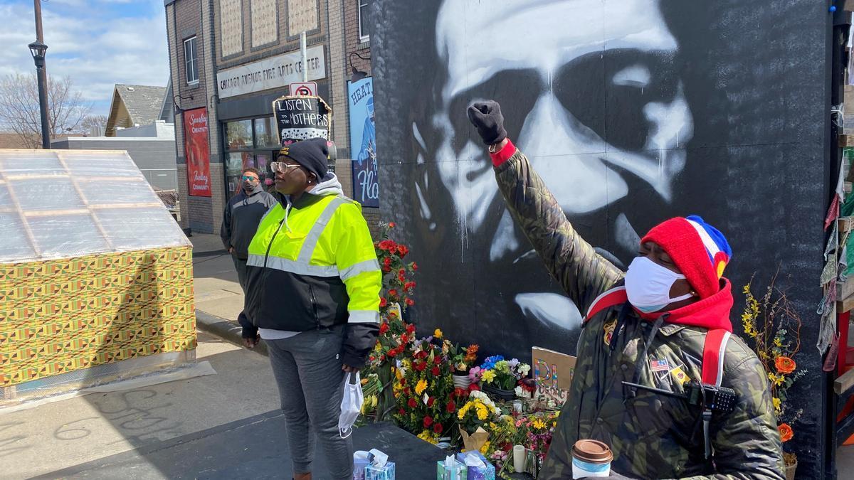 Un mural en homenaje a George Floyd