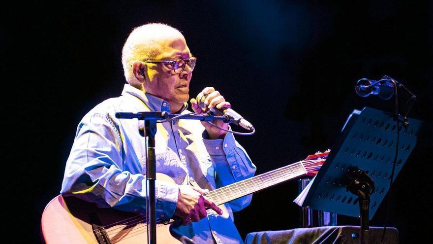 """Pablo Milanés: """"Cantar en directo es lo que más me llena"""""""