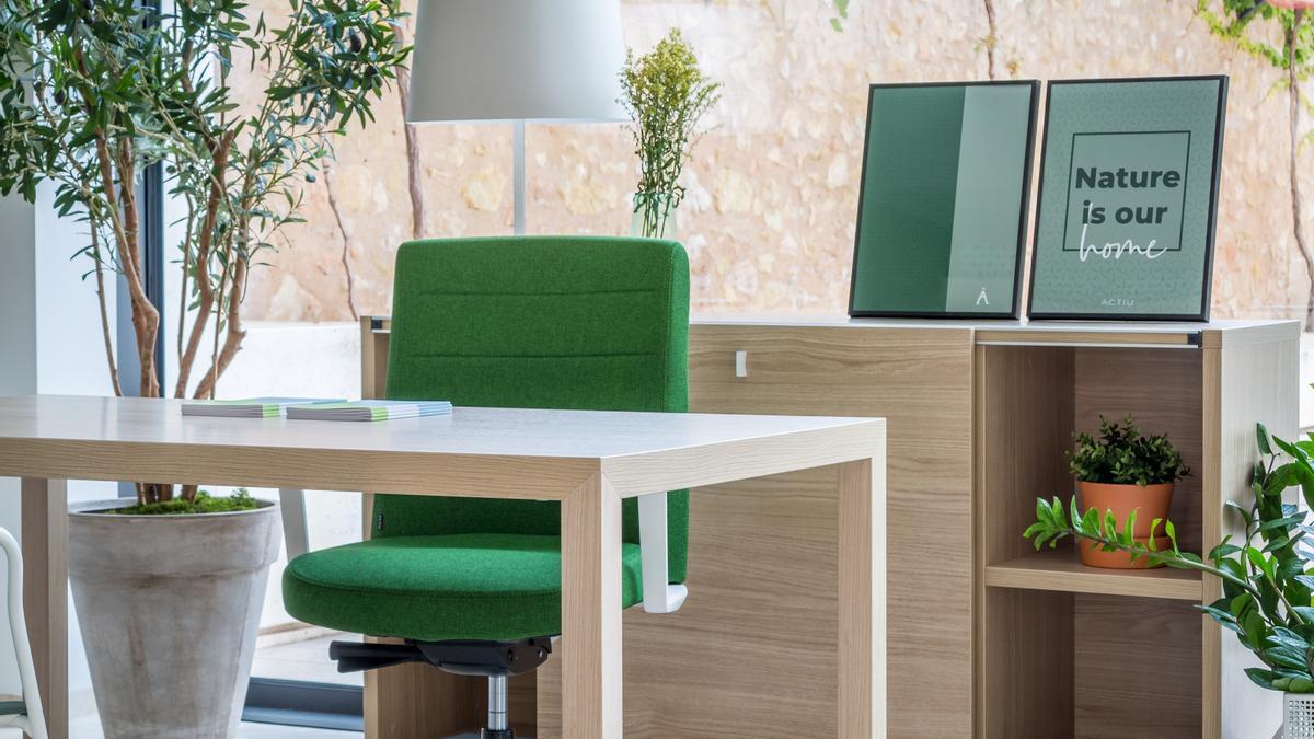 Muebles certificados que garanticen la salud de los trabajadores.