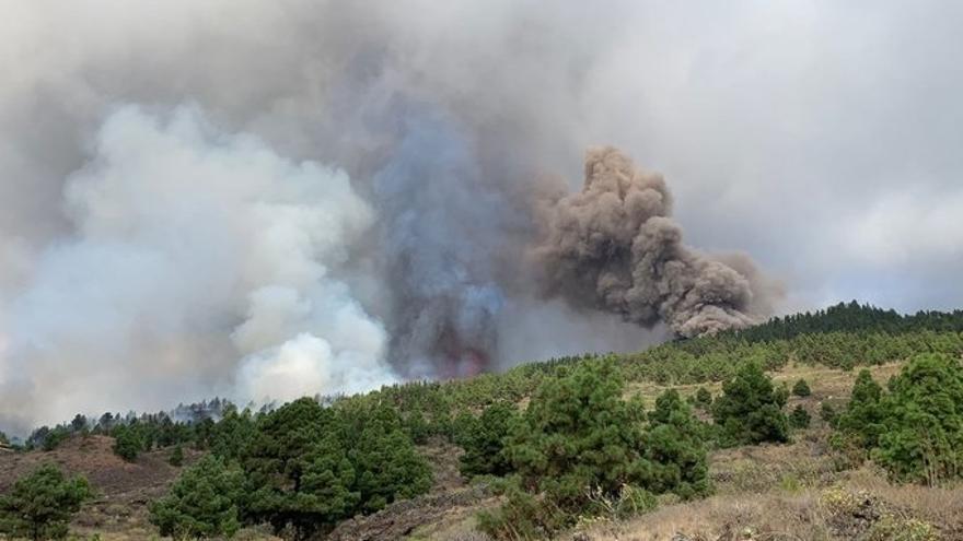 Se elevan a siete las bocas eruptivas en La Palma
