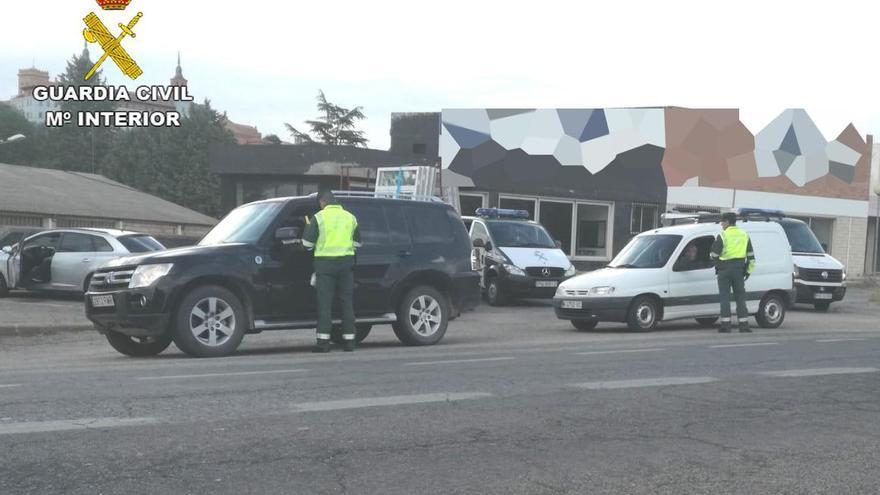 Detenido en Teruel por conducir borracho y atentar contra la Guardia Civil