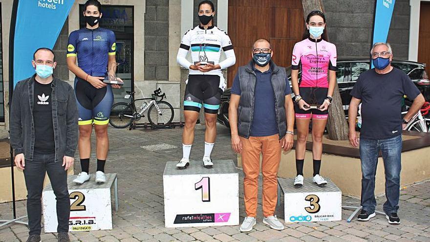 Tania Calvo supera a Marga López en el 'Trofeu Sant Roc'