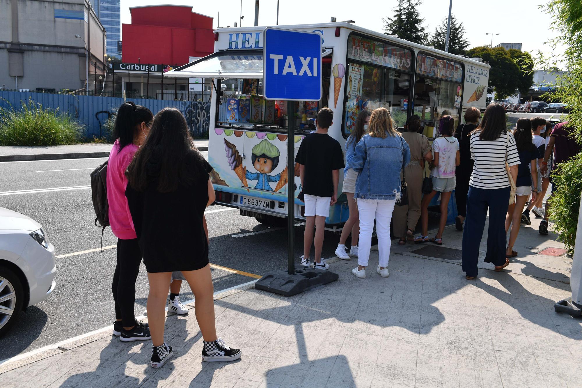 Arranca la vacunación de menores en A Coruña