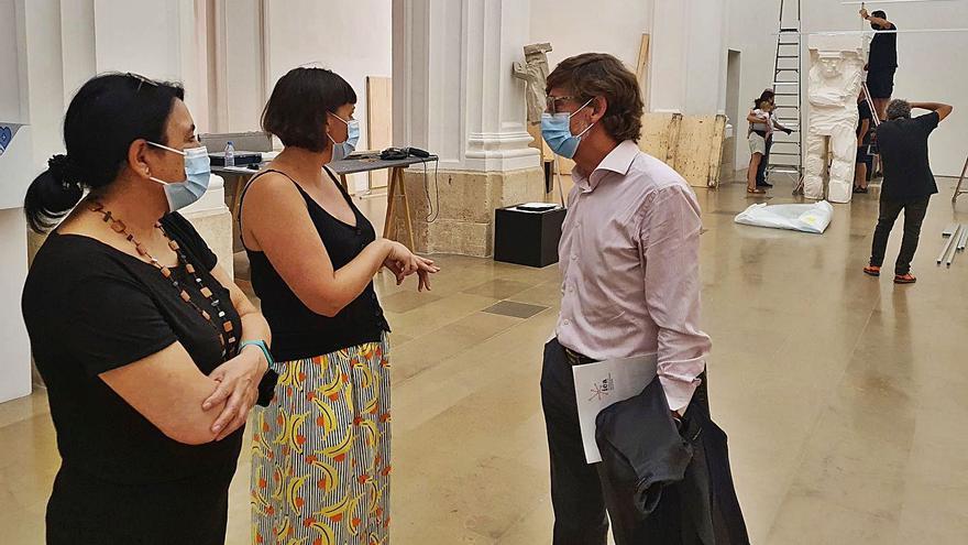 Ludovica Carbotta prepara su exposición en Verónicas