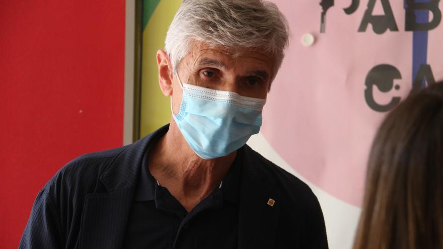 Argimon anima a immunitzar-se i diu que no cal «escollir entre vacunació i vacances»
