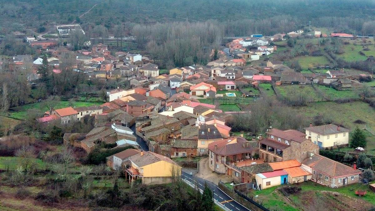 Vistas de arriba del pueblo de Sejas de Aliste