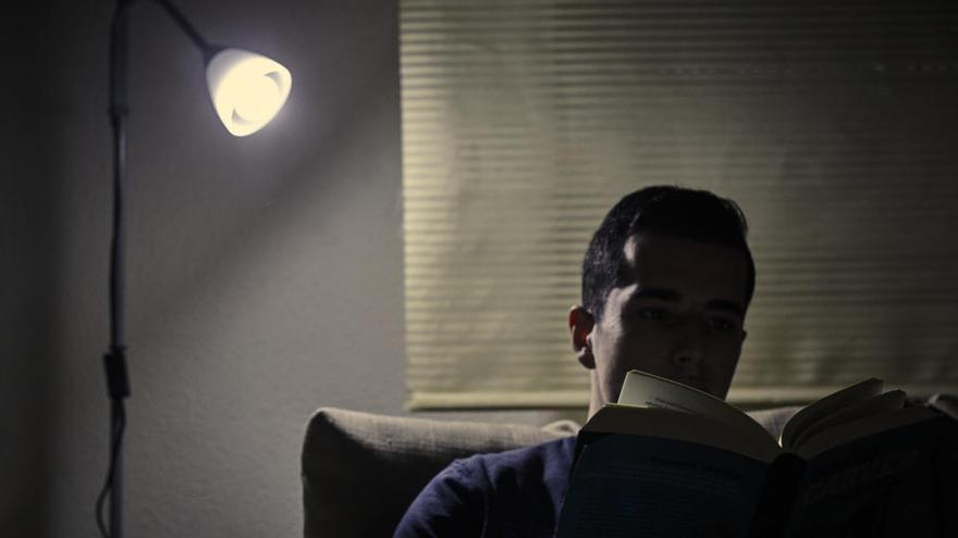 El precio de la luz bajará un 3% este jueves, hasta los 87,25 euros por MWh