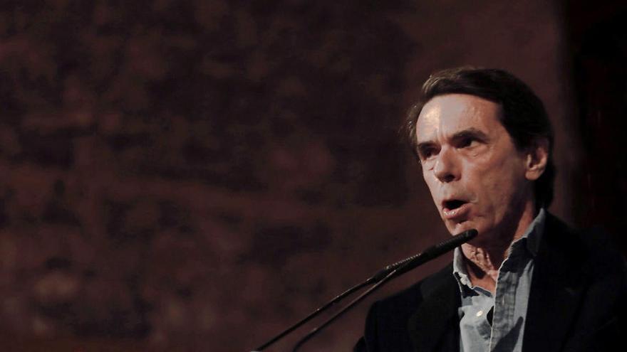 Aznar ve al PSOE como plataforma de Podemos