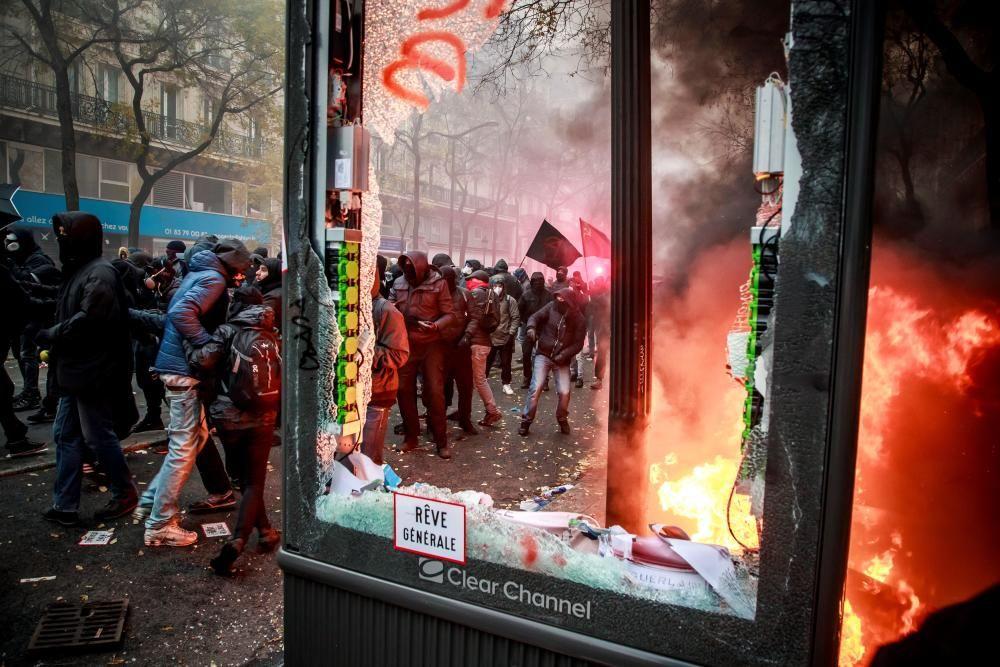 Altercados en las protestas en París.