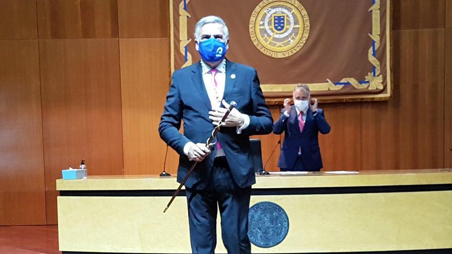 Lluis Serra toma posesión como rector de la ULPGC