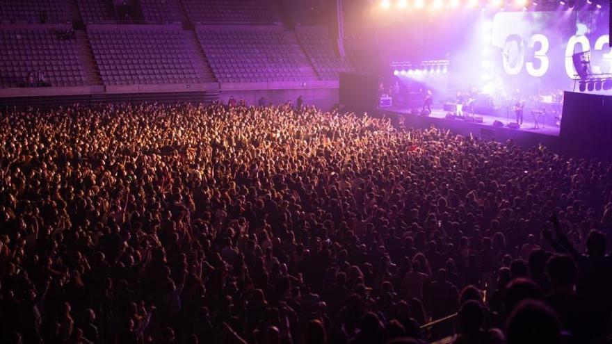 Concert pilot de Love of Lesbian: sis casos positius entre els 5.000 assistents