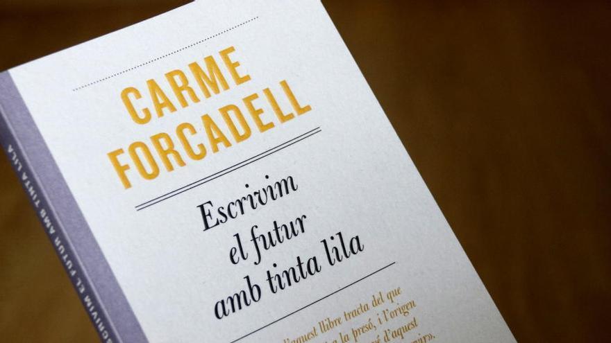 Forcadell publica un nou llibre on narra l'esforç per millorar la vida de les preses i l'aposta pel feminisme
