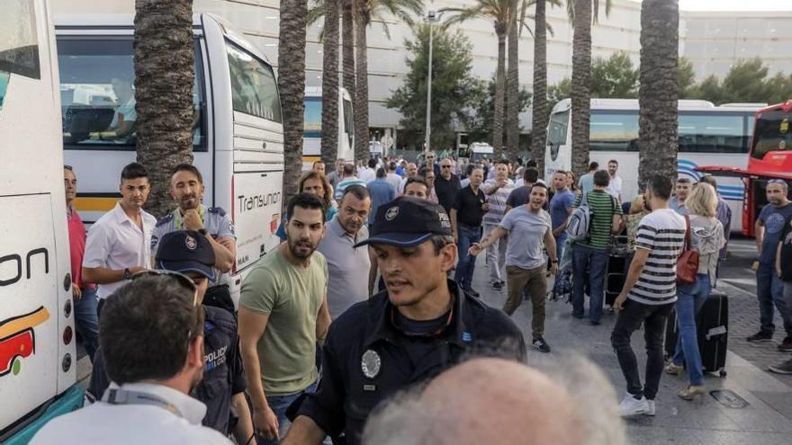 La mayor patronal del taxi se disculpa por la 'guerra' del día 25 en Son Sant Joan
