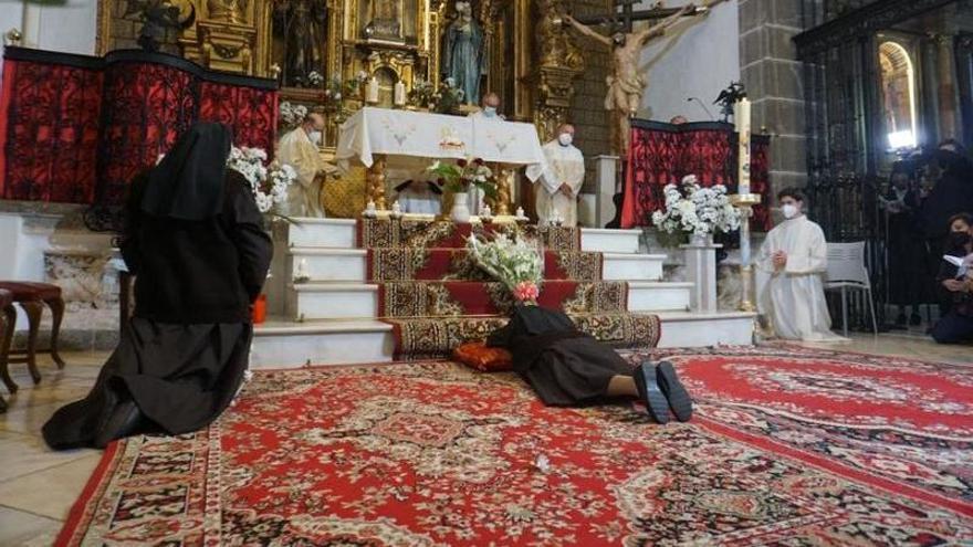 Sor María Teresa profesa sus votos como monja en Zafra