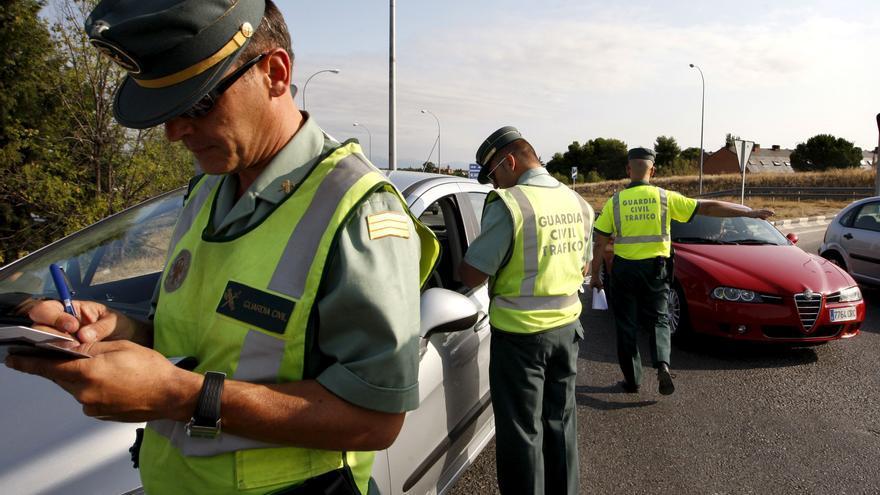 La DGT impondrá tras el verano una nueva multa por adelantar