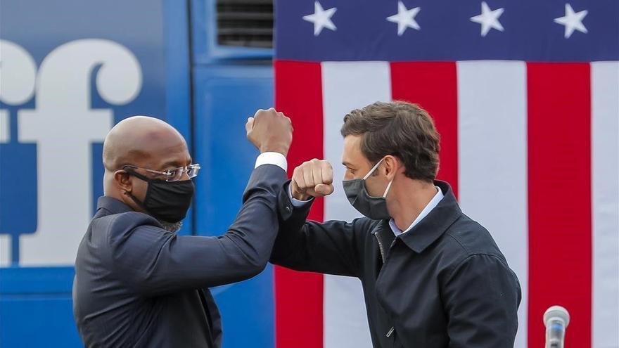 Los demócratas ganan en Georgia y Biden tendrá el control del Congreso