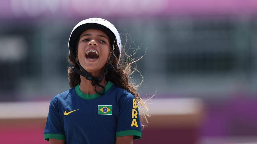 """Una de las medallistas olímpicas más jovenes de la historia: """"Nunca escuché a quienes decían que las chicas no podemos hacer skate"""""""