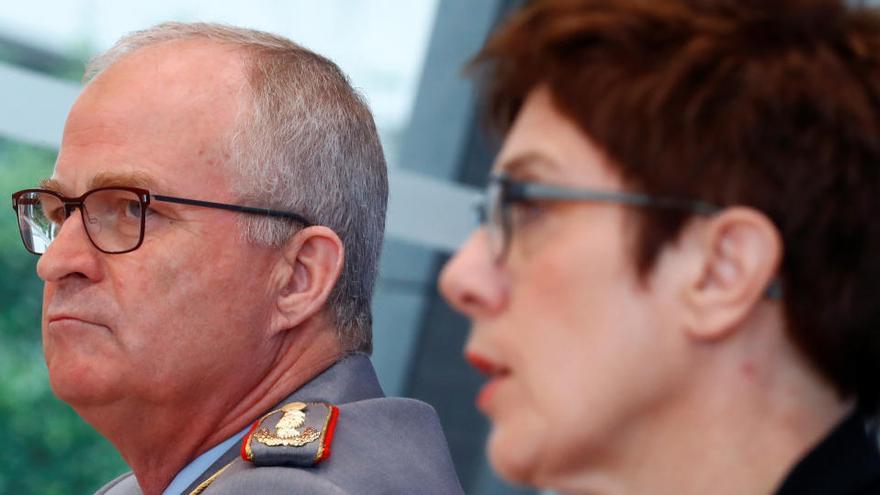 Alemania disuelve parte de las Fuerzas Especiales del Ejército por sus vínculos nazis