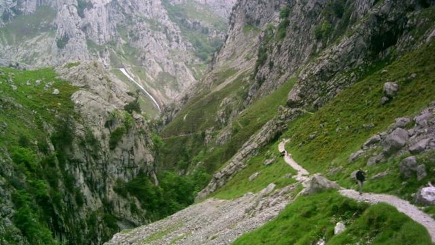 Disfrutar de la Red Natural de Asturias de forma segura y sostenible, una opción al alcance de todos